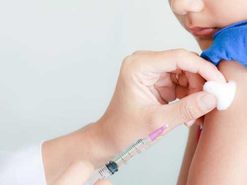 Realidade virtual é usada para ajudar na vacinação infantil